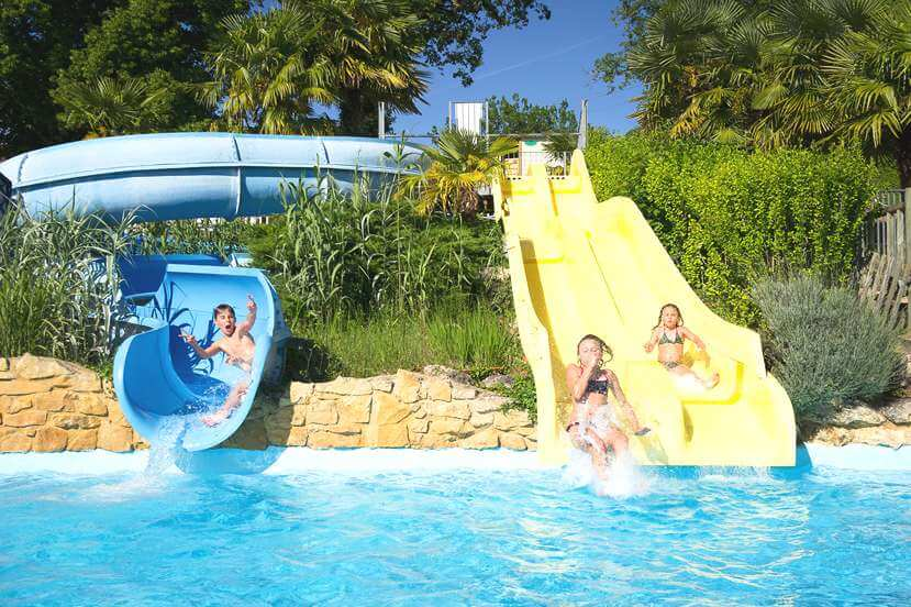 camping with swimming pool and slides in Dordogne