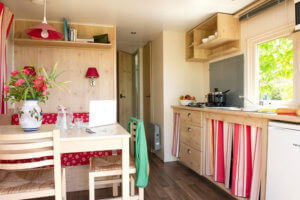 Gypsy caravan 2 bedrooms 4 people